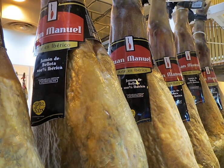 Jamones ibéricos de bellota Juan Manuel